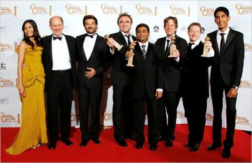 The cast and crew of Slumdog Milionnaire